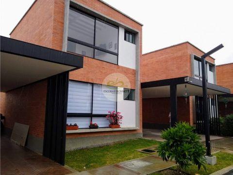 venta casa en el retiro und cerrada