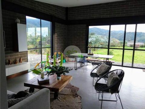 venta casa de campo en el retiro una sola planta