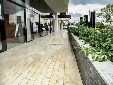 en venta gran local en rionegro nuevo 140 m2