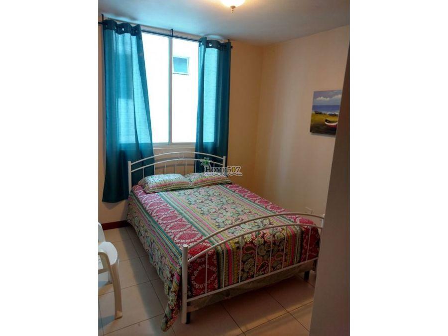alquilo hermoso apartamento en el cangrejo panama