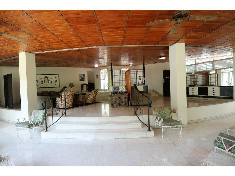 lujosa casa en centro de ciudad panama