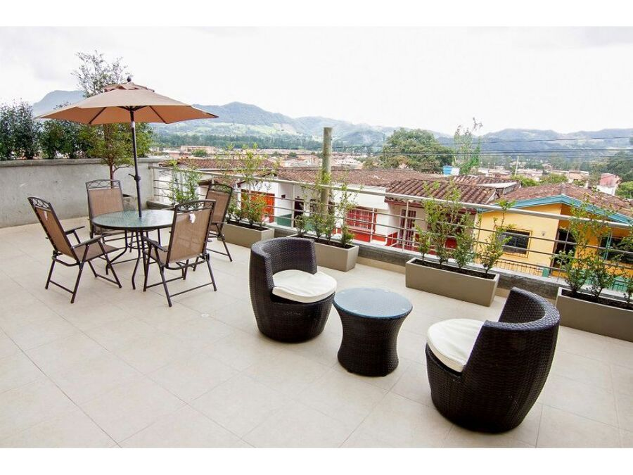 apartamento en la ceja con amplia terraza