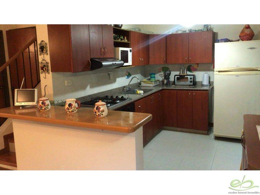 venta casa en llanogrande villas de gualanday
