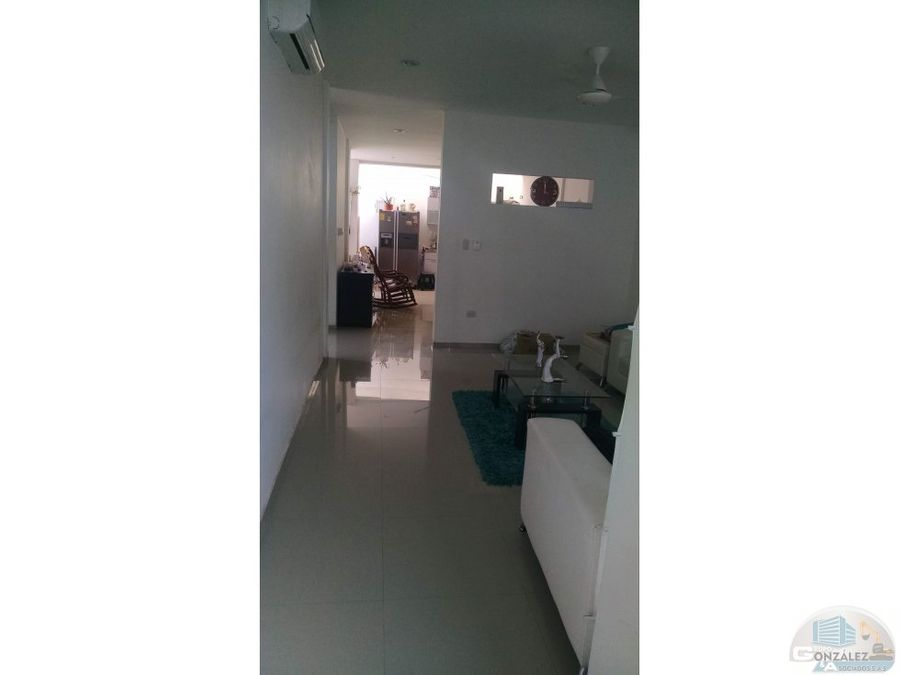 vendo casa de 2 pisos centro monteria