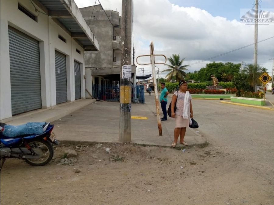 se arrienda local comercial en san pelayo