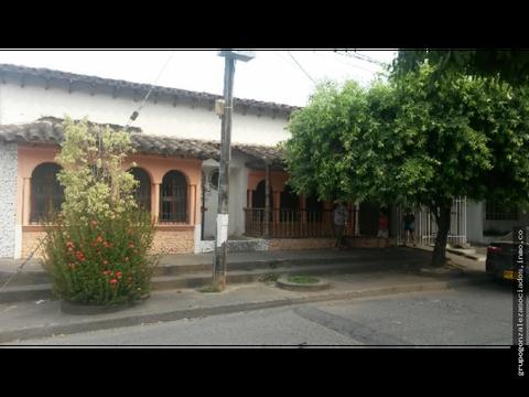 vendo casa en el centro monteria