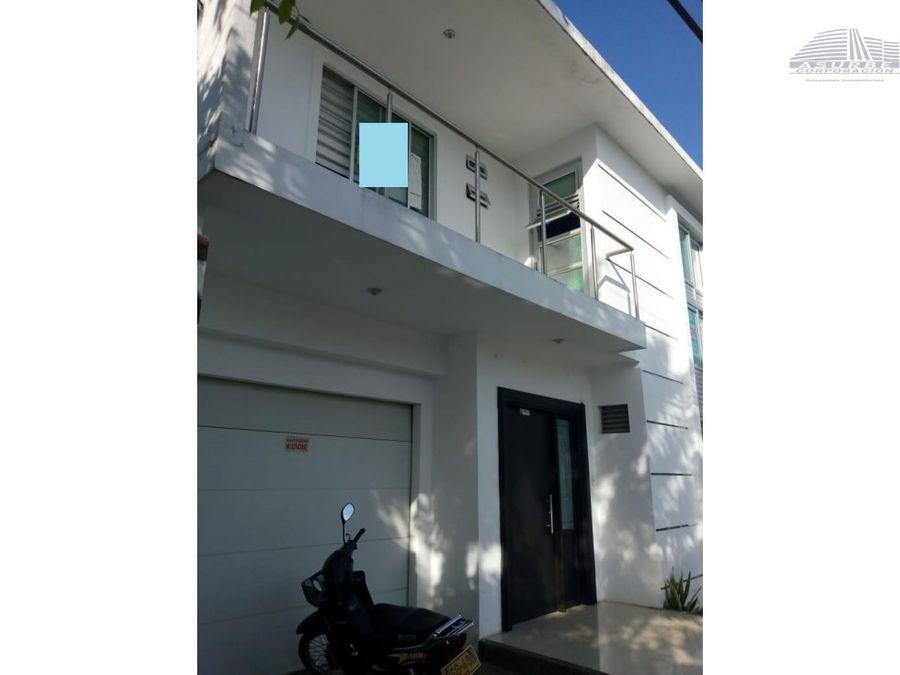 vendo apartamento de 2 plantas en centro monteria