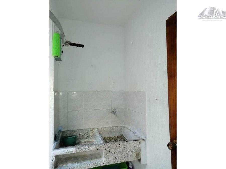 vendo casa de 2 pisos en brizalia monteria