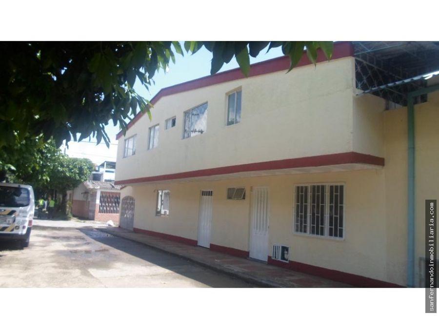casa rentable con 3 apartamentos y bodega