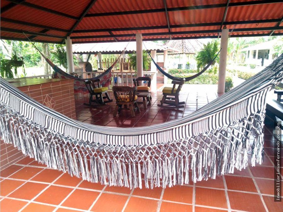 magnifica casa campestre con pesebreras en villavicencio meta