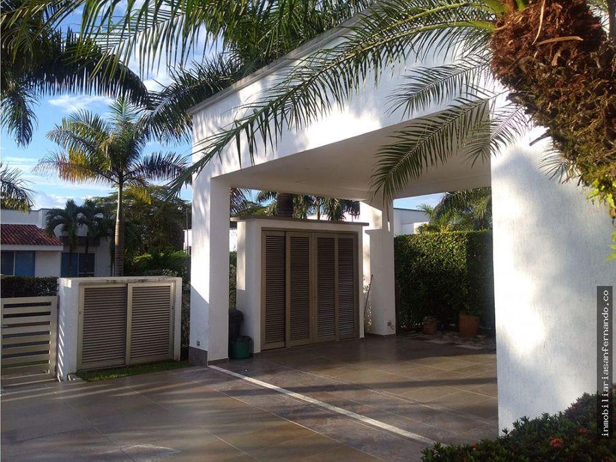 espectacular y exclusiva casa campestre en villavicencio meta