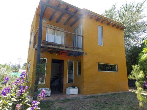 vende casa 2 dormitorios y terreno de 510 m2
