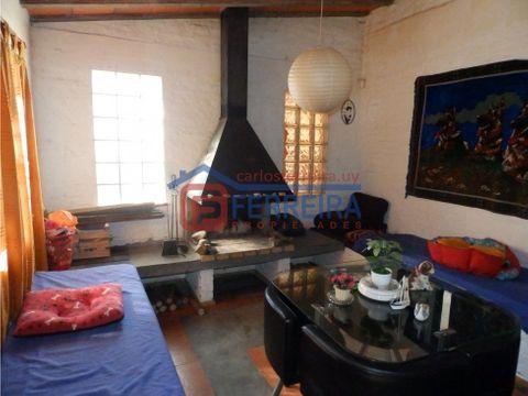 vende casa 3 dormitorios 2 banos garaje y fondo