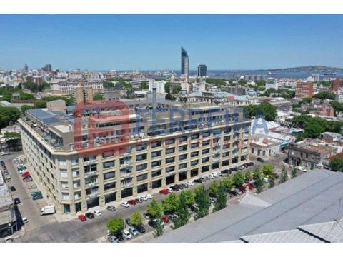 vende apartamento 2 dormitorios y amplia terraza