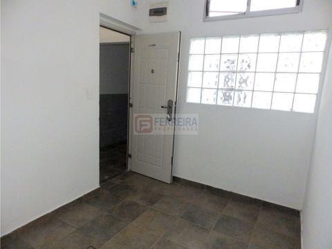 alquila apartamento 1 dormitorio con patio