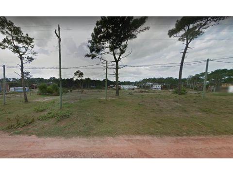 vende terreno de 510 m2 frente de 16 mts punta del diablo