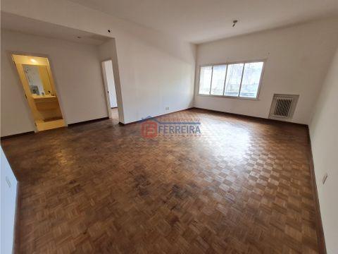 vende apartamento 3 dormitorios 2 banos al frente