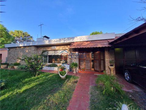 vende casa 3 dormitorios 2 banos garaje terreno 666 m2