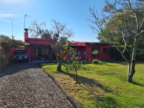 vende casa costa azul impecable 250 mts de la playa