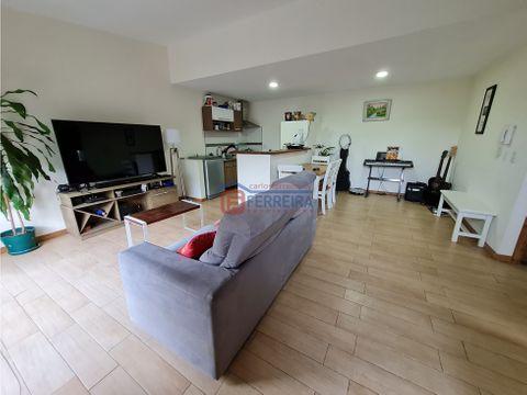 vende casa 2 dormitorios y patio con parrillero