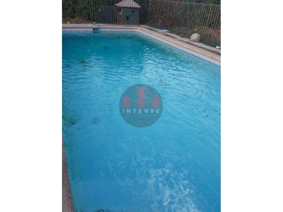 se vende hermosa parcela en pirque de 6 dormitorios 5 banos piscina