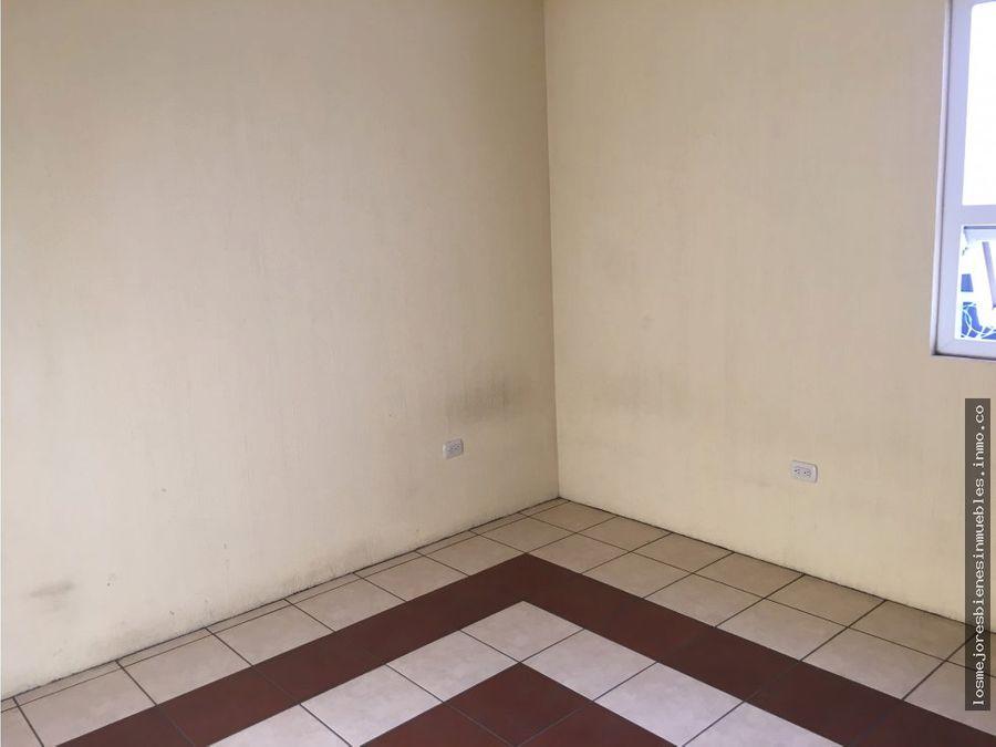 casa en alquiler condominio villas de fatima xela