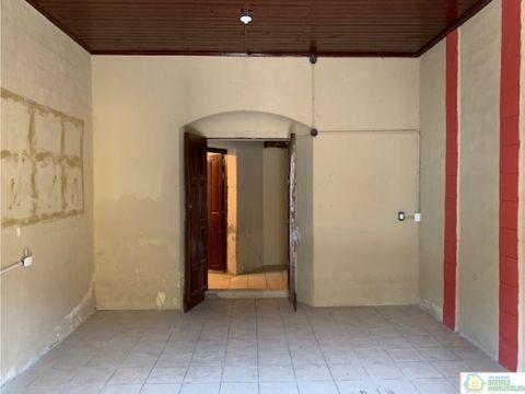 local comercial en renta 4a calle zona 1 xela