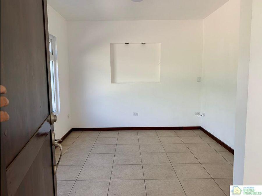 casa nueva en venta en condominio zona 8 xela