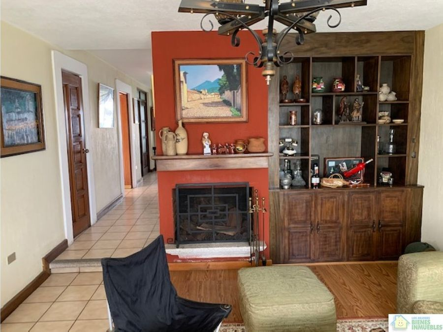 casa en venta cond las fuentes quetzaltenango