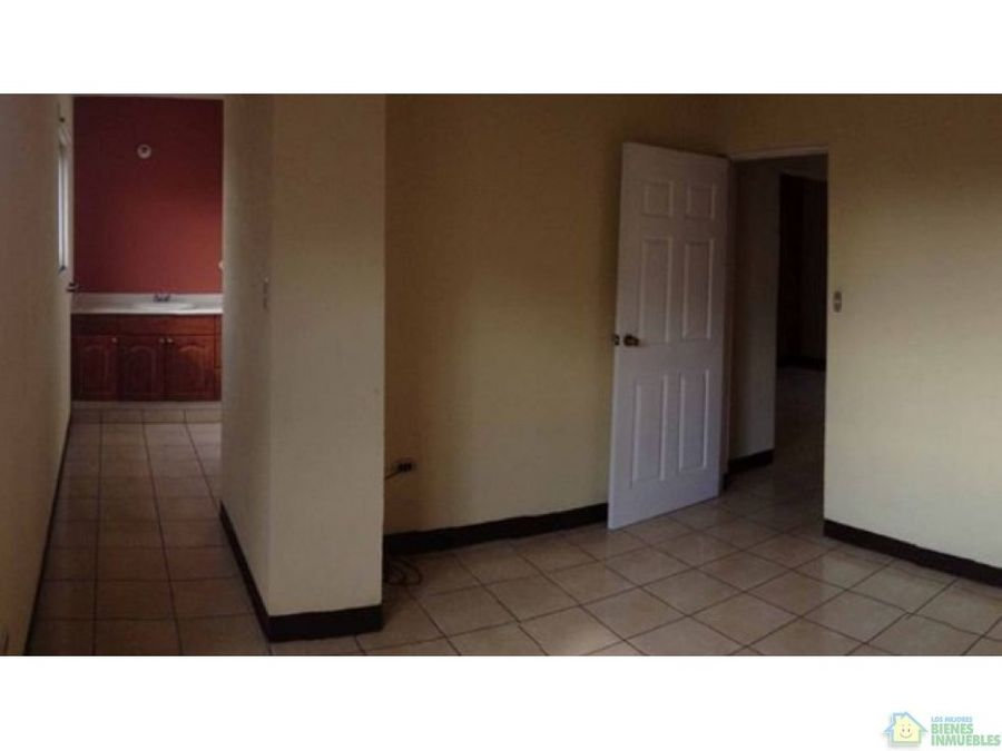 casa amplia en alquiler zona 3 quetzaltenango