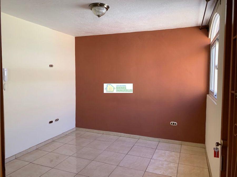 apartamento en alquiler por interplaza zona 9 xela