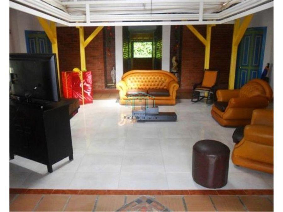 finaca hotel en venta via armenia montenegro