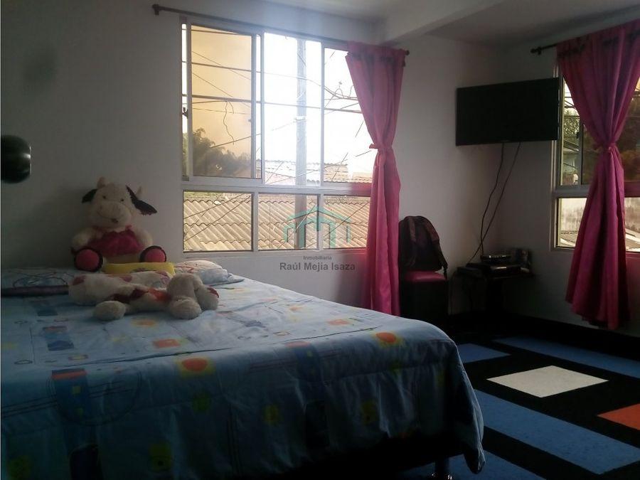 vendo casa en barrio villa liliana armenia quindio