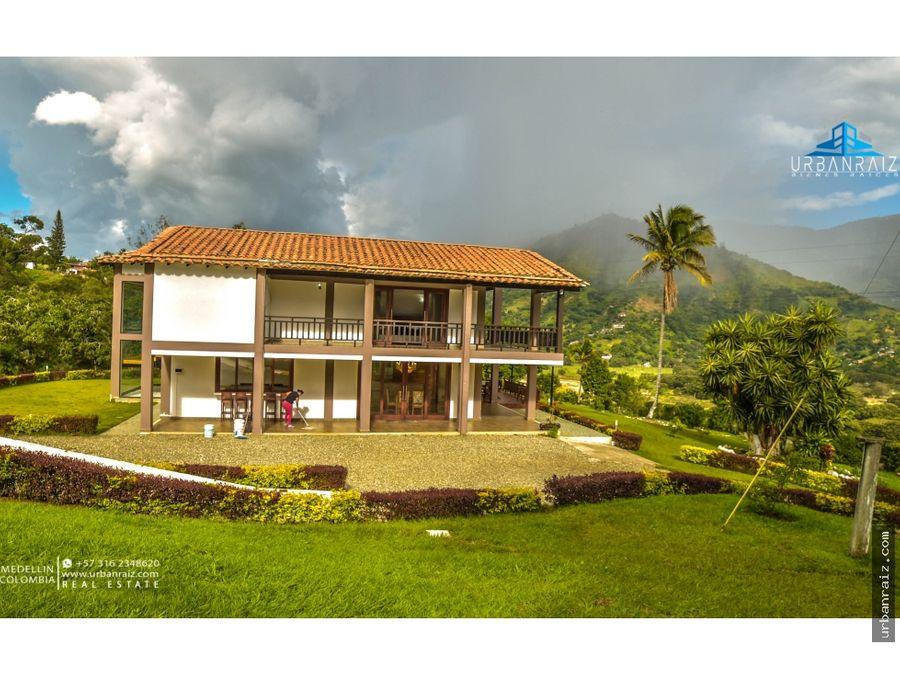 casa campestre de lujo en barbosa 25 hectareas