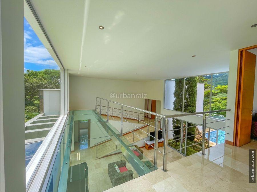 casa de lujo moderna en san jeronimo