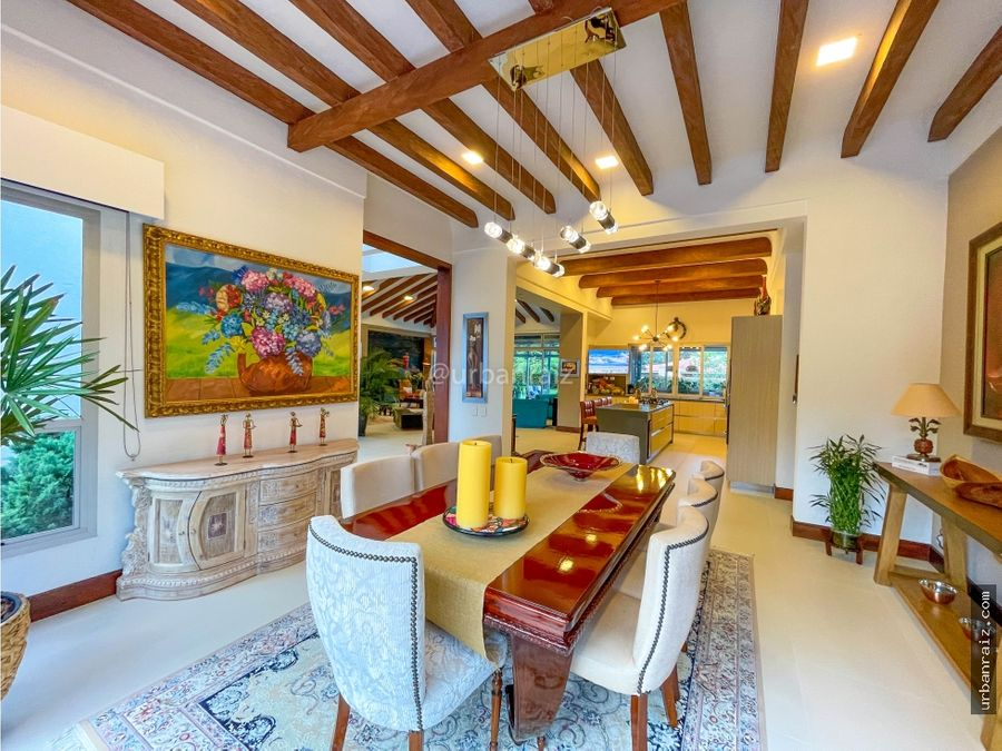 casa moderna mediterranea en llanogrande