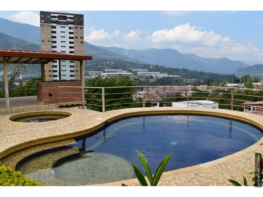 casa campestre en copacabana con piscina