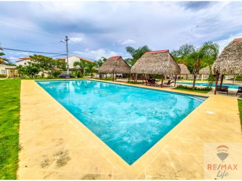 vendo casa cerca de playa en punta paraiso village coronado panama
