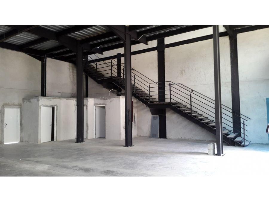venta galera 420mts2 centenial 790000 dos niveles via principal