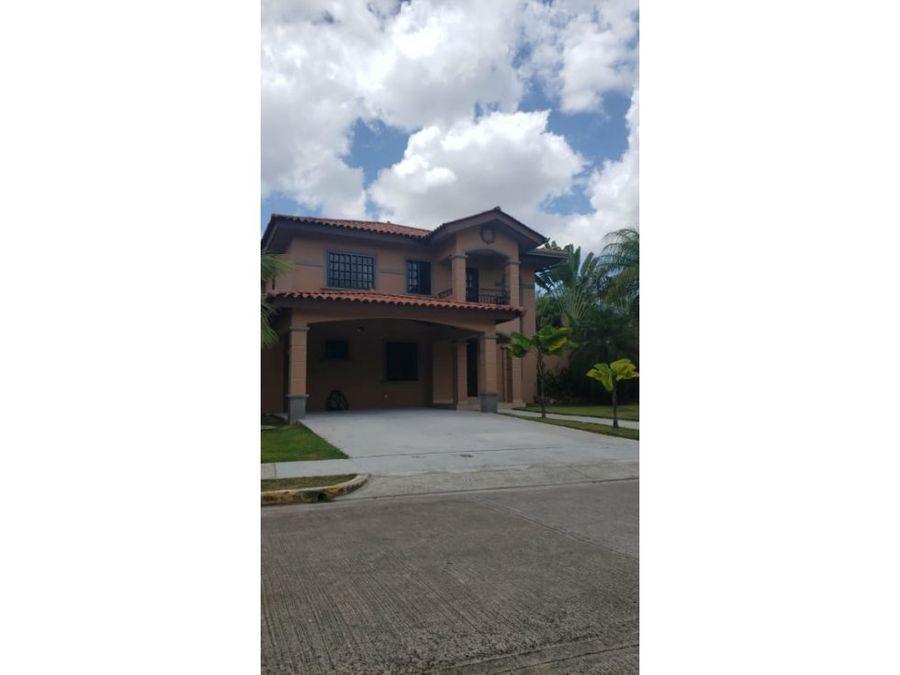 venta casa 3 recamaras muy amplio residencial privado 415000