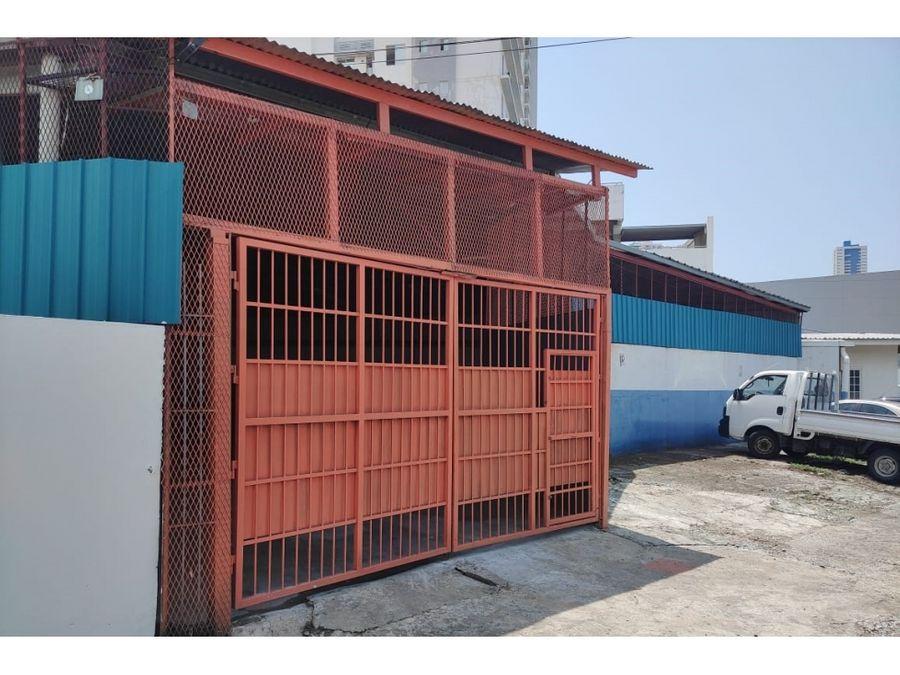 alquiler galera en parque lefevre facil acceso con 400mts2 2200