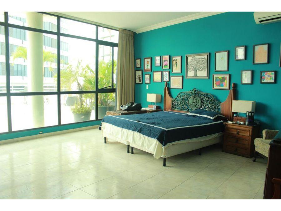 venta en edison park 3 recamaras amoblado ph oceania torre 200 390000
