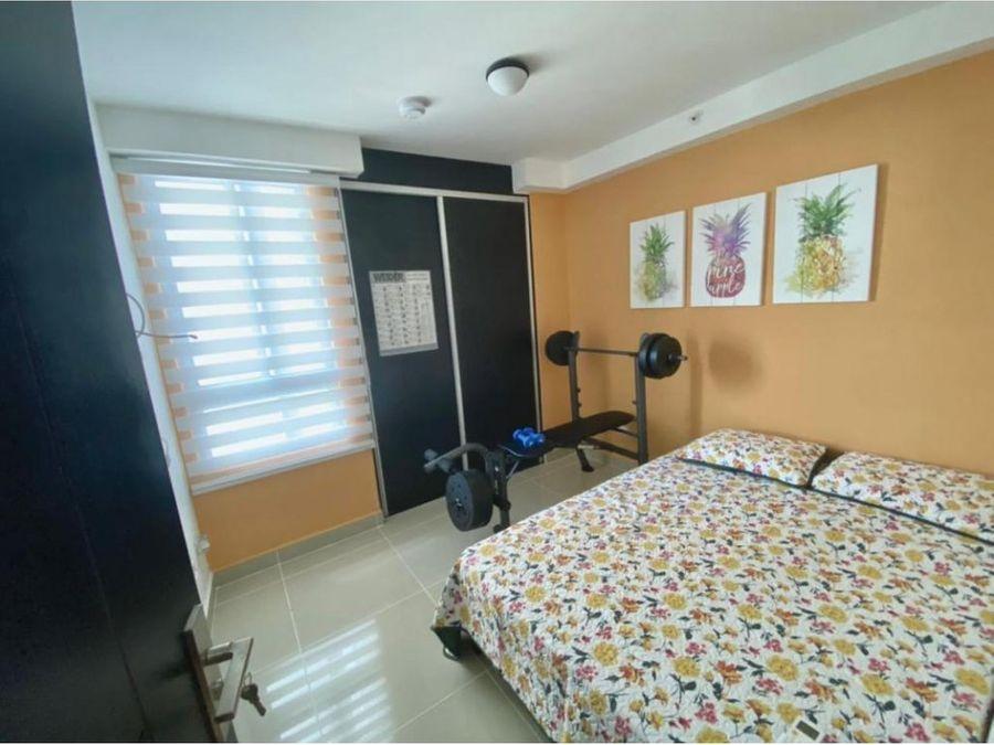 alquiler apartamento 3 recamaras amoblado ph coral towers 1100