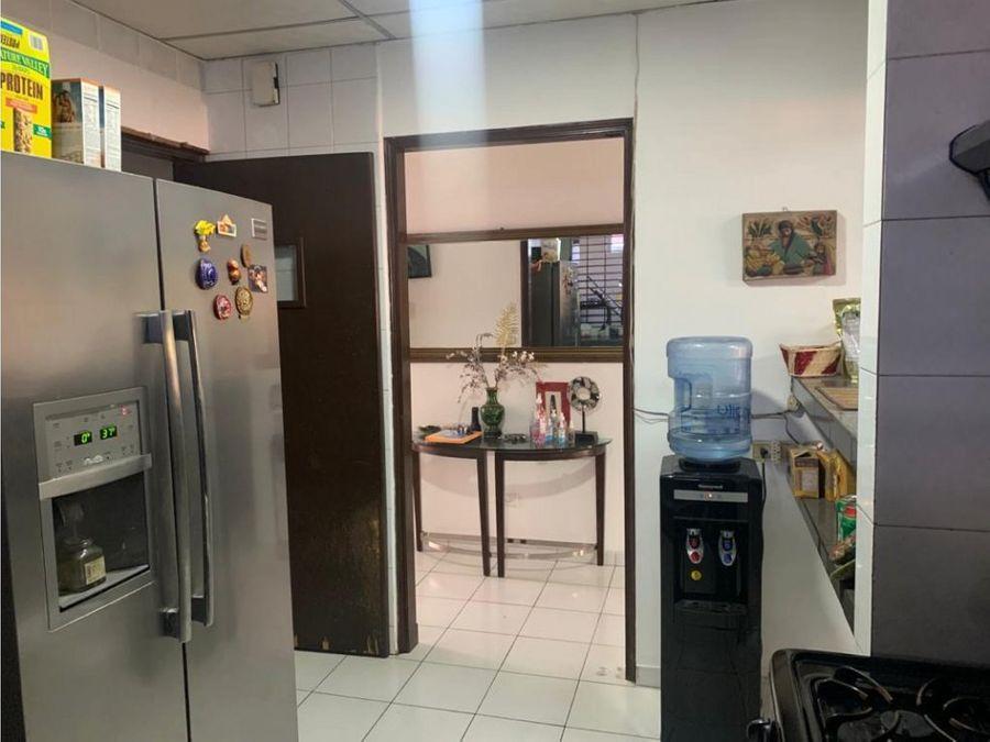 casa en betania 3 recamaras amplia facil acceso precio especial 1300