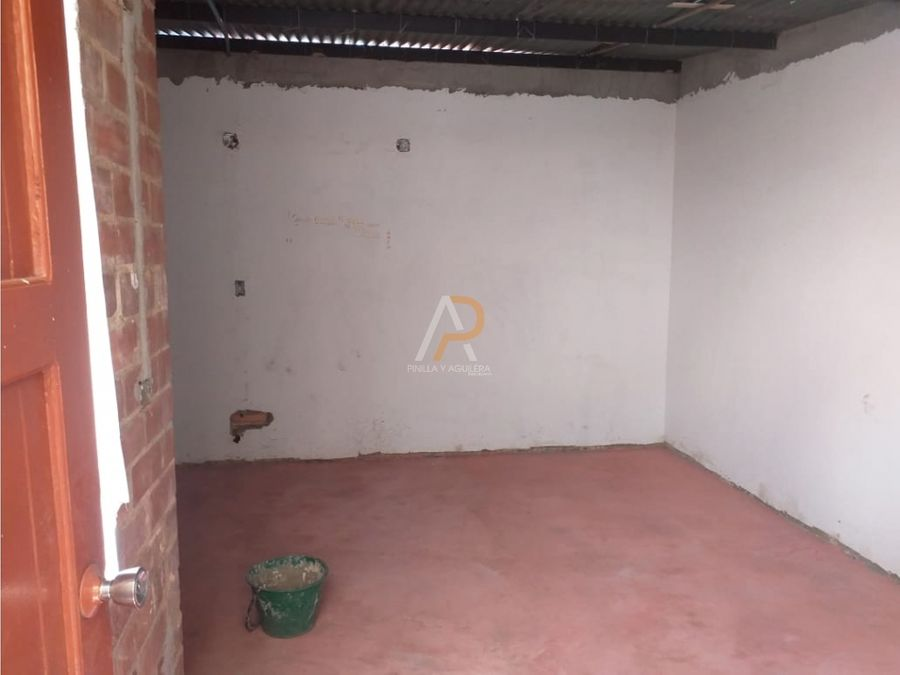 vendo casa comercial esquinera urapanes kennedy