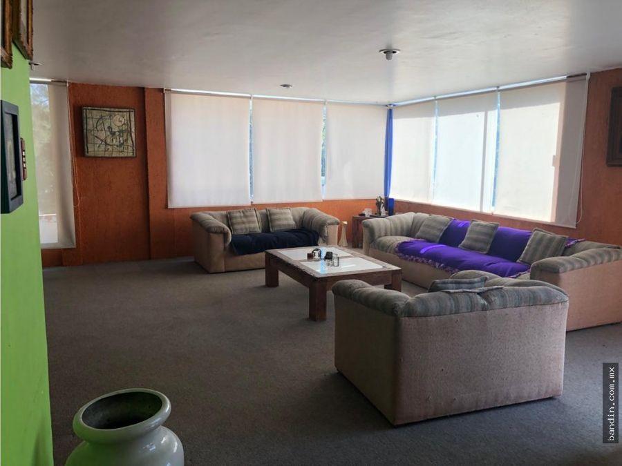 exelente casa con amplios espacios muy iluminada en tecamachalco