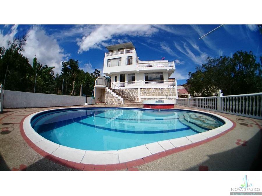 vendo espectacular casa quinta mesitas piscina bbq