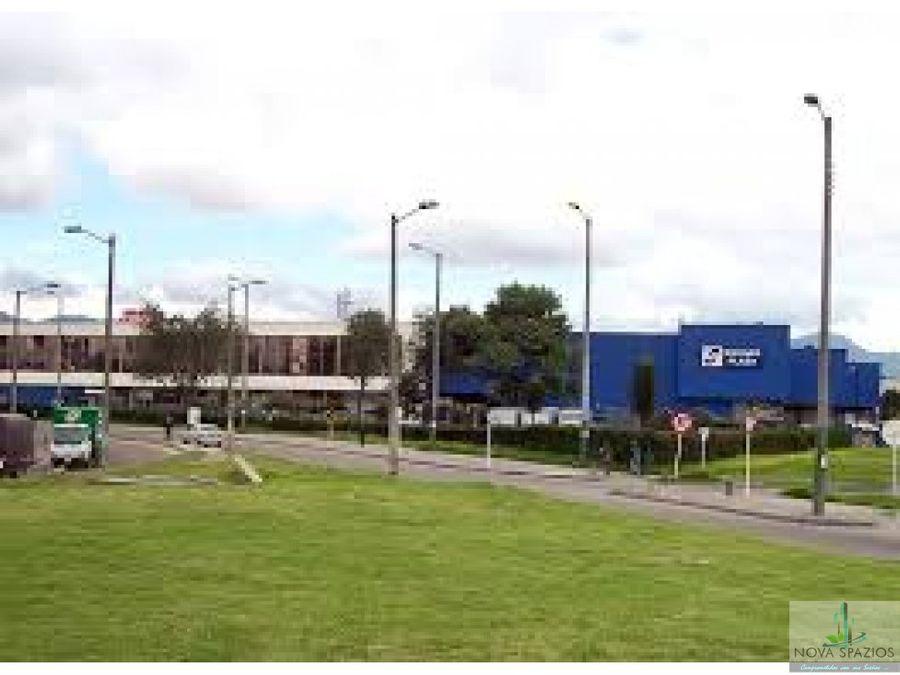 arriendo oficinas centro empresarial dorado plaza