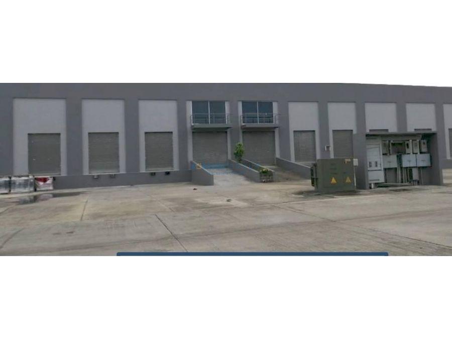 bodega parque industrial 24 de diciembre venta
