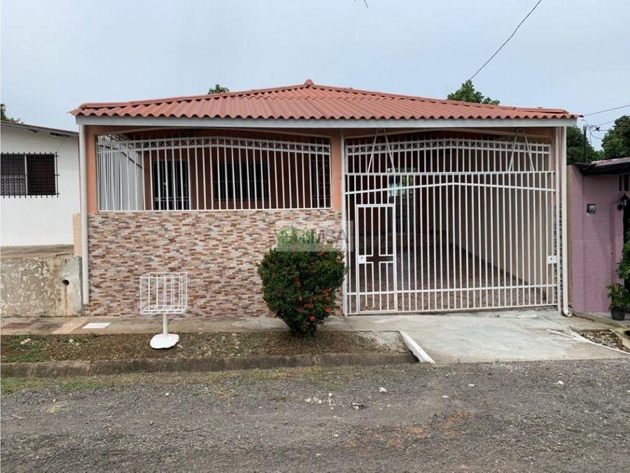 super venta casa en villas del carmen la chorrera b6220000
